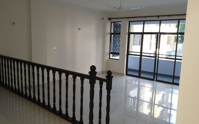 3 BEDROOM APARTMENT PLUS SQ, PARKLANE NYALI MOMBASA
