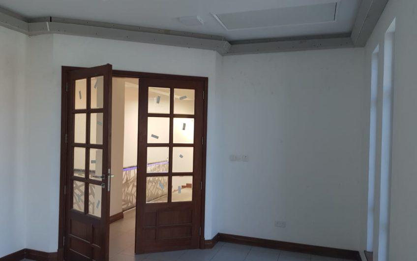 4 Bedroom Villa on sale in Nyali