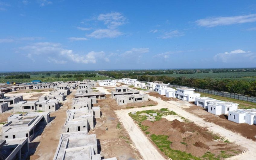 Bungalow and Apartments for sale in Vipingo