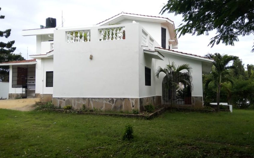 4 Bedroom Maisonette for letting