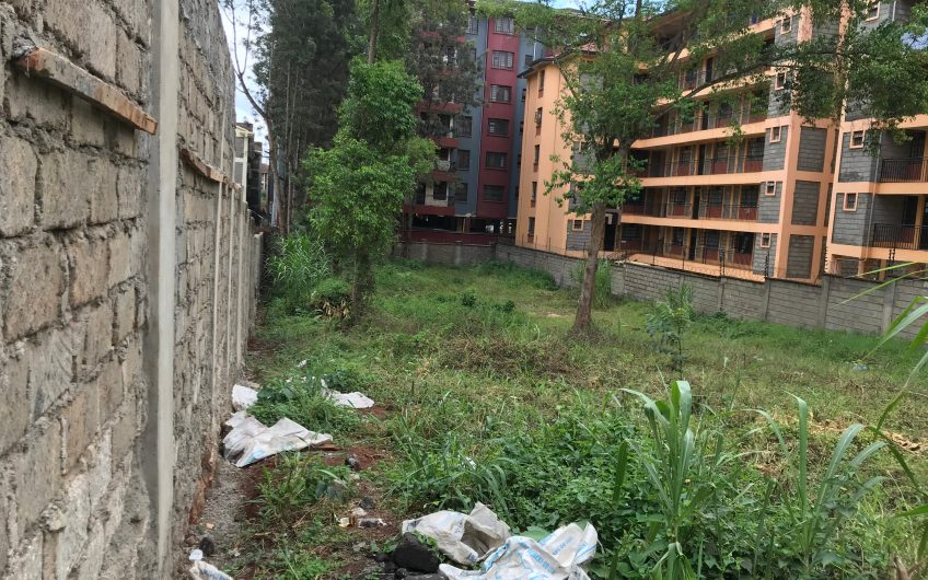 1/4 ACRE PLOT FOR SALE IN THINDIGUA, OPPOSITE QUICK MART SUPERMARKET.