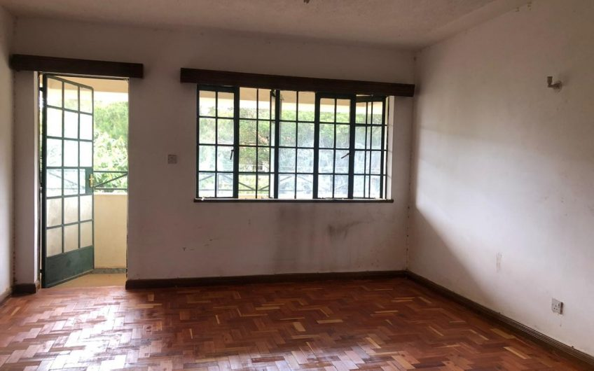 4 bedroom apartment with 2 en-suite TO LET IN LAVINGTON.