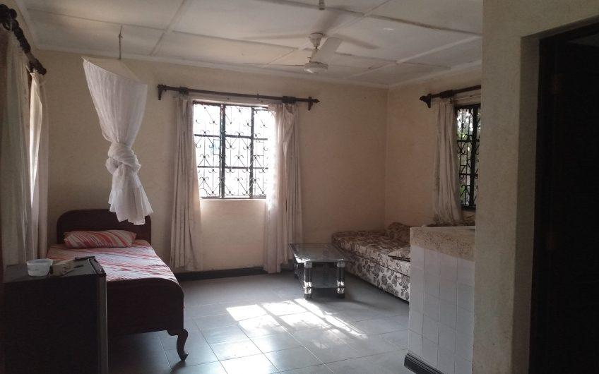 3 BEDROOM BUNGALOW, BEACHROAD, MOMBASA