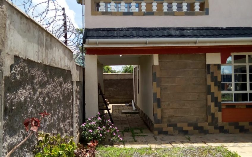 FIVE BEDROOM MAISONETTE FOR SALE IN KAMULU.