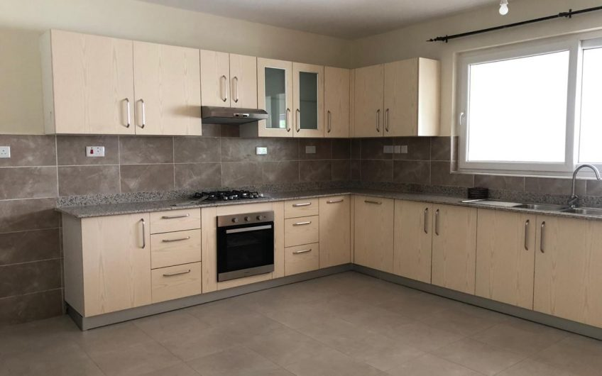 THREE BEDROOM WITH DSQ TO LET IN WESTLANDS.