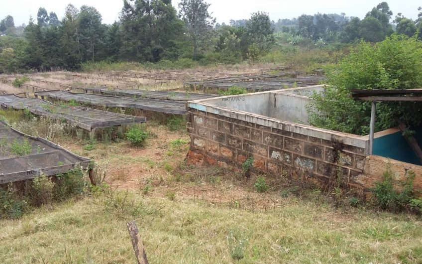 LAND FOR SALE IN MAKUYU.