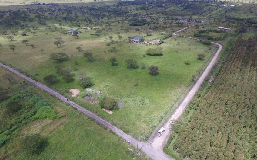 5 ACRES FOR SALE IN KISERIAN.